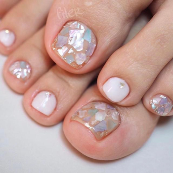 How to care for nails after manicure?